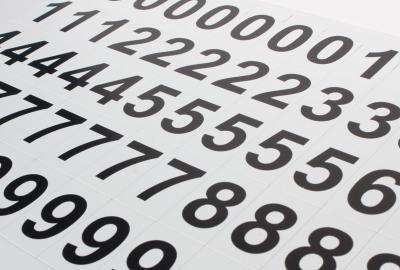 Komplet czarnych magnetycznych cyfr MagWords